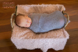 cheap newborn photography